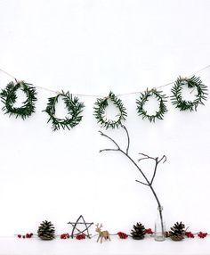 Mini Wreath Garland