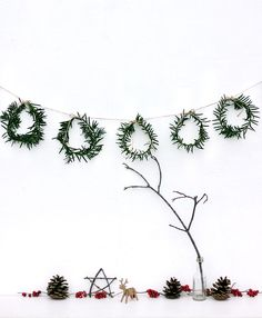 Mini Wreath Garland