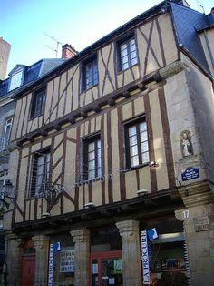 Vannes (Morbihan) - Maison dite de St-Vincent - fin XVI ème siècle