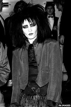 I really love this pic of siouxsie , she is my inspiration everyday siouxsie sioux 80s goth post punk punk rock trad goth gothic rock