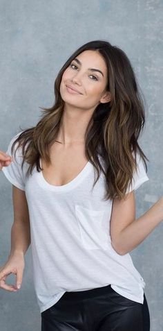 trendy hair color ideas for brunettes balayage lily aldridge Lily Aldridge Hair, Medium Hair Styles, Long Hair Styles, Great Haircuts, Hair Color And Cut, Long Hair Cuts, Brunette Hair, Hair Today, Hair Dos