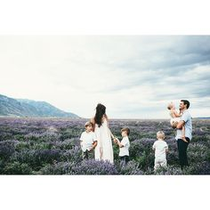 mountain family photo in lavender field