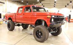 Ford F250 Crew Cab Lifted 4X4