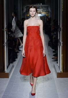This dress is on fire <3 | Haute Couture | Valentino