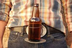 With the belt buckle beer holder you will drink like a boss! You'll have two freed up arms to do what you like! More than that it's made with a highly quality belt buckle which hold your drink firmly in place! Ceinture Cowboy, Gifts For Beer Lovers, Guy Gifts, Beer Gifts, Free Beer, Take My Money, Tailgating, Belt Buckles, Antique Silver