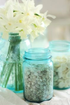 Flowers and jars and seashells - all of my favorite things!