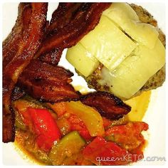 From @queenketo 10 minutes is all you need to make my  CHEESEBURGERS. I served mine with  rashers and . They taste just as good re-heated next day! Try the recipe: www.queenketo.com  #keto #ketomeals #lchf #lowcarb #highfat #atkins #bestdietever #whatdiet #fatisfuel #ketogenic #kcko #eatfatloseweight #lowcarbhighfat #ketosis #ketocooking #lowcarbcooking #lowcarbliving #ketoliving #ketofoods #xxketo #ketodiet #ketodinner #weightloss #lifestylechange #ketofitguide #ketofitchallenge