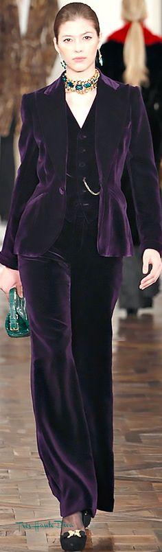 Timeless Fashion, Fashion Beauty, Girl Fashion, Purple Fashion, Ladies Velvet Suit, Classic Outfits, Cool Outfits, Purple Suits, Velvet Fashion