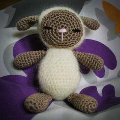 Little lamb, found on : http://hobbyuncinetto.blogspot.nl/2011/02/pecora-amigurumi.html  Scroll down for English pattern.