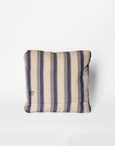 'Farmer' pillow is a sturdy looking style with a distinct country aesthetic - perfect for the summer house or your garden space.