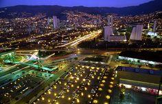 Panorámica Nocturna de Medellín