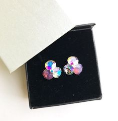Remarkable flower stud earrings made with Swarovski Crystals cyclamen opal, aurora borealis, paradise shine and 925 silver settings Flower Stud, Aurora Borealis, Earrings Handmade, 925 Silver, Swarovski Crystals, Heart Ring, Opal, Paradise, Stud Earrings