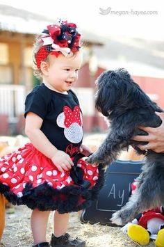 Love the pettiskirts... This is Harper's Birthday party outfit!!!!