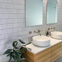 Kitchen Wall Tiles, Room Tiles, Ceramic Wall Tiles, Modern Bathroom Design, Bathroom Interior Design, Fish Scale Tile, Concrete Look Tile, Bathroom Renos, Bathrooms