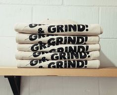 We printed these ace totes for Graft And Grind, they look so inviting all stacked up like that and are ready to be filled with all the beer, wine & cake! Custom Screen Printing, Band Merch, Printed Tote Bags, Ink Color, Adhesive Vinyl, Totes, Cool Designs, Beer, Colours