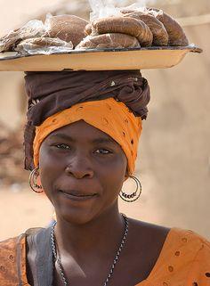 Street Vendor, Nigeria - faces of the people ....
