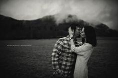 Kelsey Michelle Photography | Lifestyle Engagement | Bellingham Engagement Photographer | Bellingham Wedding Photographer | Mountain Engagement | Mount Baker Engagement | Winter Wonderland Engagement | Seattle Wedding Photographer | Snohomish Wedding Photographer | Engagement Photoshoot Pose Ideas