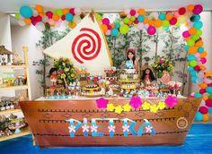 Kikids Party by Kiki Pupo: Festa Moana muito linda! Estou adorando as festas nesse tema. Moana Birthday Decorations, Moana Birthday Party Theme, Moana Themed Party, Luau Party, Hawaiian Birthday, Luau Birthday, First Birthday Parties, Moana Party, Festa Baby Alive