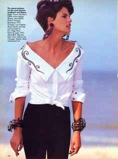 Black & White's New Look I US Vogue I January 1989 I Photographer: Peter Lindbergh I Model: Linda Evangelista I Editor: Carlyne Cerf de Dudzeele.