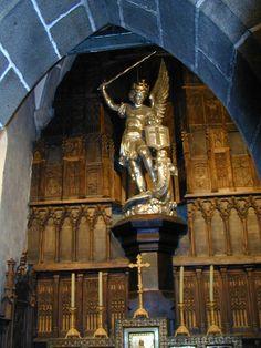 Mont Saint-Michel statue of Saint Michael. Mont Sant Michel, Mont Saint Michel France, Saint Michael, St. Michael, Monte Carlo, Archangel Michael, Seven Wonders, Statue, Wonders Of The World