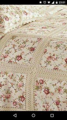 Crochet Fabric Quilt Blanket F Crochet Bedspread, Crochet Fabric, Crochet Quilt, Crochet Granny, Crochet Crafts, Crochet Projects, Ruffle Quilt, Diy Crafts, Free Crochet
