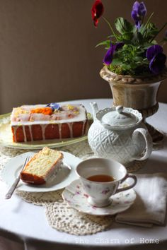 Lemon Cake Tea: The Charm of Home! Earl Grey Tea and cake for Ruth!!! Xxx And some for Autumn, too! Xxx