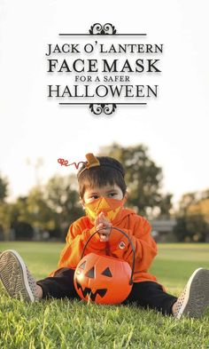 Jack O' Lantern Face Mask & Costume for a Safer Halloween by Brenda Ponnay for @alphamom