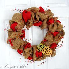 DIY Burlap Crafts: DIY Fall Ruffled Burlap Berry Wreath