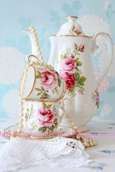 Shabby Chic Chocolate Pot & Cups, Pink Cottage Roses with Green Leaves