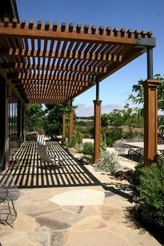 Amazing Modern Pergola Patio Ideas for Minimalist House. Many good homes of classical, modern, and minimalist designs add a modern pergola patio or canopy to beautify the home. In addition to the installa. Building A Pergola, Pergola With Roof, Outdoor Pergola, Backyard Pergola, Patio Roof, Pergola Plans, Pergola Ideas, Patio Ideas, Building Plans