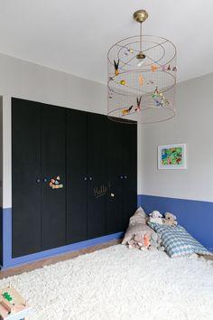 The best lighting for children room Kids Bedroom, Bedroom Decor, Best Interior, Interior Design, Chalkboard Decor, Blue Carpet, Kids Decor, Home Decor, Deco Design