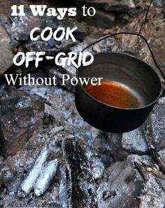 This is important to know before a disaster hits. 11 ways to cook off-grid without power. Learn which is best for you before the winter storms hit so you won't be caught without a way to cook for your family. If you don't know how to cook without power you need to read this immediately.
