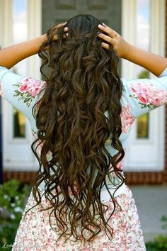 Wavy hair girly cute hair girl waves pretty brunette wavy hair long hair hairstyle