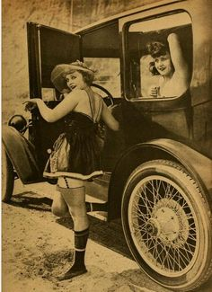 1920. Sexy flappers posing with a 'machine'. Ohlala these outlandish ladies would have the loved living the Aloette dream.  #Aloette