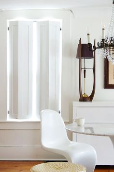 10 Stunning Tips AND Tricks: Bathroom Blinds Wallpapers plantation shutter blinds.Modern Blinds Architecture kitchen blinds with valance.Blinds For Windows Farmhouse. Window Shutters Inside, Window Shutters Exterior, Blinds For Windows, Curtains With Blinds, Valance, Bedroom Shutters, Indoor Shutters, Black Shutters, Fabric Blinds