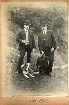 1907 moustaches Gentlemen with bowler hats and dogs - looks like Dupont & Dupond (TinTin) Antique Photos, Vintage Pictures, Vintage Photographs, Old Pictures, Vintage Images, Vintage Dog, Looks Vintage, Edwardian Era, Edwardian Fashion