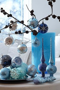Blue Christmas decorations. Love these!! I'm decorating in silver & baby blue for next C-mas