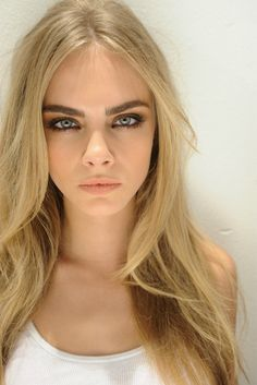 cara delevingne - sigh, i wish my brows were as nice as hers...