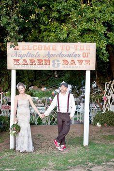 Vintage carnival wedding entrance sign - love it! Carnival Wedding, Vintage Carnival, Vintage Circus, Festival Vintage, Wedding Bells, Wedding Events, Weddings, Dream Wedding, Wedding Day