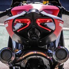 "46.4k Likes, 96 Comments - Ducati Instagram (@ducatistagram) on Instagram: ""The 1299 Superleggera Photo: @bo_latu #ducatistagram #ducati #1299 #panigale #superleggera"""