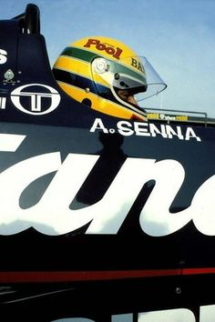 Senna's F1 beginning...                                                                                                                                                                                 Mais