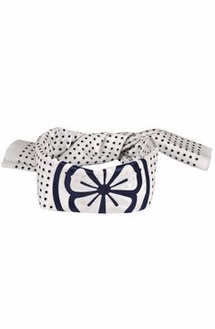 This Karate Kid head wrap is an authentic Asian tenugui that must be folded to be worn. Not like other knock off head bands with a partial design printed on them. These are identical to what Daniel La