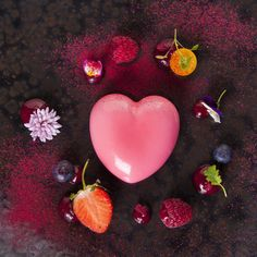 A famous First Dates restaurant special dessert. Restaurant Specials, Cool Restaurant, First Dates Tv Show, Dublin Restaurants, White Chocolate Raspberry, Chocolate Hearts, Coffee Date, Date Dresses, Dating Tips For Women