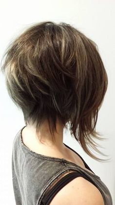 Corte de cabelo com estilo Frisur mit Stil – Haar Und Beauty Bob Hairstyles For Fine Hair, Cool Hairstyles, Asian Short Hairstyles, Bob Style Haircuts, Haircut Styles, Pixie Haircuts, Layer Haircuts, Short Hair Cuts, Short Hair Styles