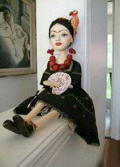 Frida Kahlo-by Art Dolls Paper Mache
