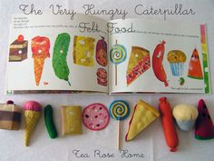 (We all know how much I love fake food) Very Hungry Caterpillar felt food DIY. Hungry Caterpillar Food, Caterpillar Book, Chenille Affamée, Sewing Projects, Craft Projects, Felt Play Food, Eric Carle, Felt Crafts, First Birthdays