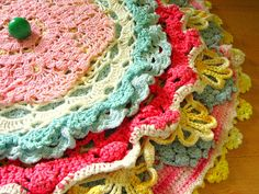 crochet lovelies... she has tons of eyecandy ... click the pic
