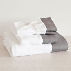 Towel with Linen Border - Towels & Bathrobes - Bathroom | Zara Home Spain