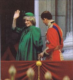 Prince And Princess, Princess Of Wales, Princess Diana Biography, Prince Charles And Diana, Prince William, Prince Philip, Trooping Of The Colour, Royal Family Portrait, Diana Williams
