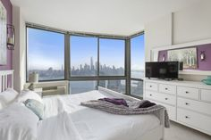 Zen Suites offers fully furnished apartments on rent in Jersey City, NJ. Hire the luxurious apartment buildings as per your needs. Book a Furnished Short Term Rental in Jersey City Easily Online Now! Two Bedroom Apartments, One Bedroom Apartment, Cool Apartments, Luxury Apartments, Studio Apartment, Fully Furnished Apartments, Queen Beds, Wall Street, Manhattan